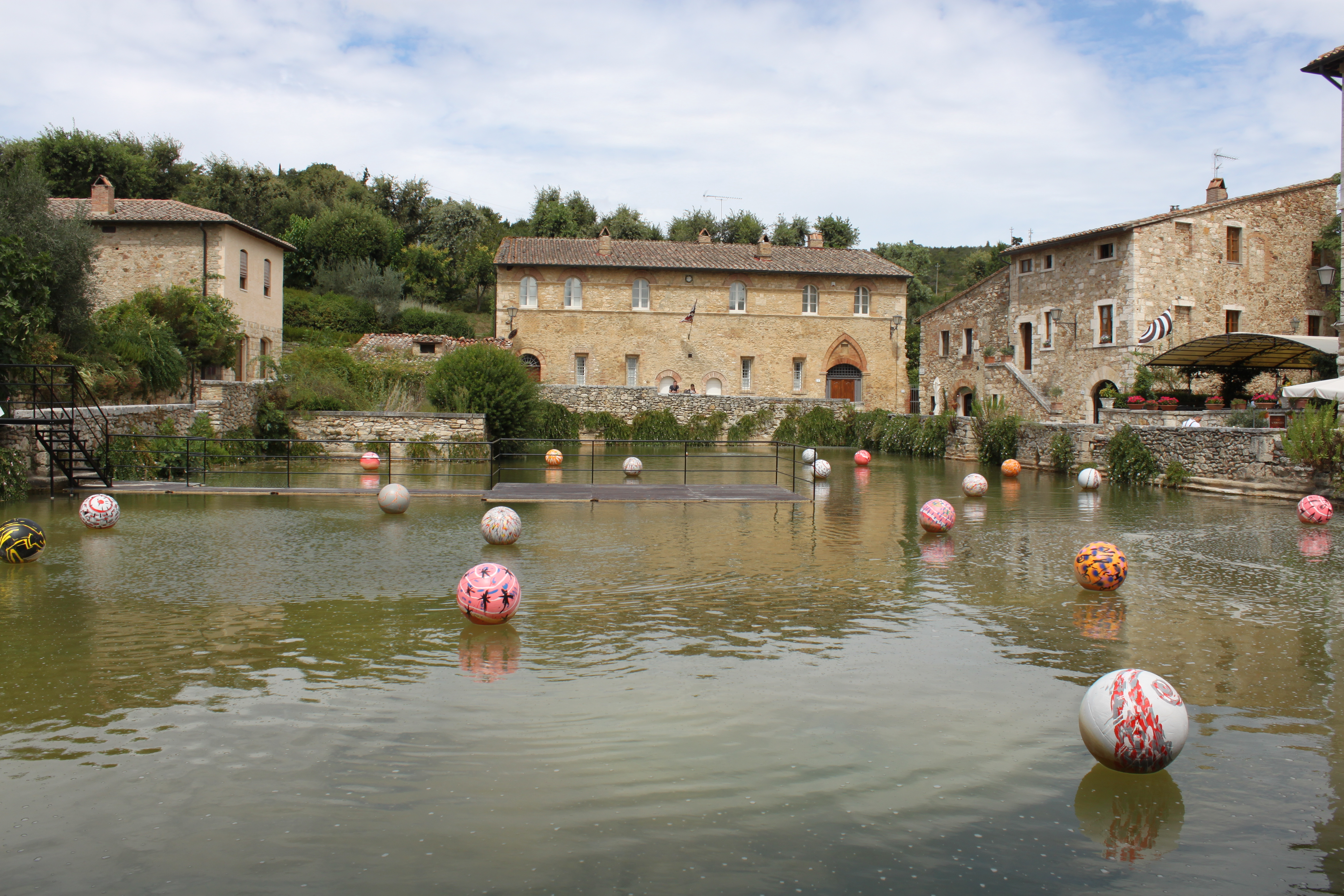 Bagno vignoni spa town tuscany our italian dream - Spa bagno vignoni ...